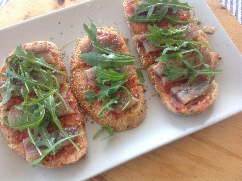 las tostas de sardina